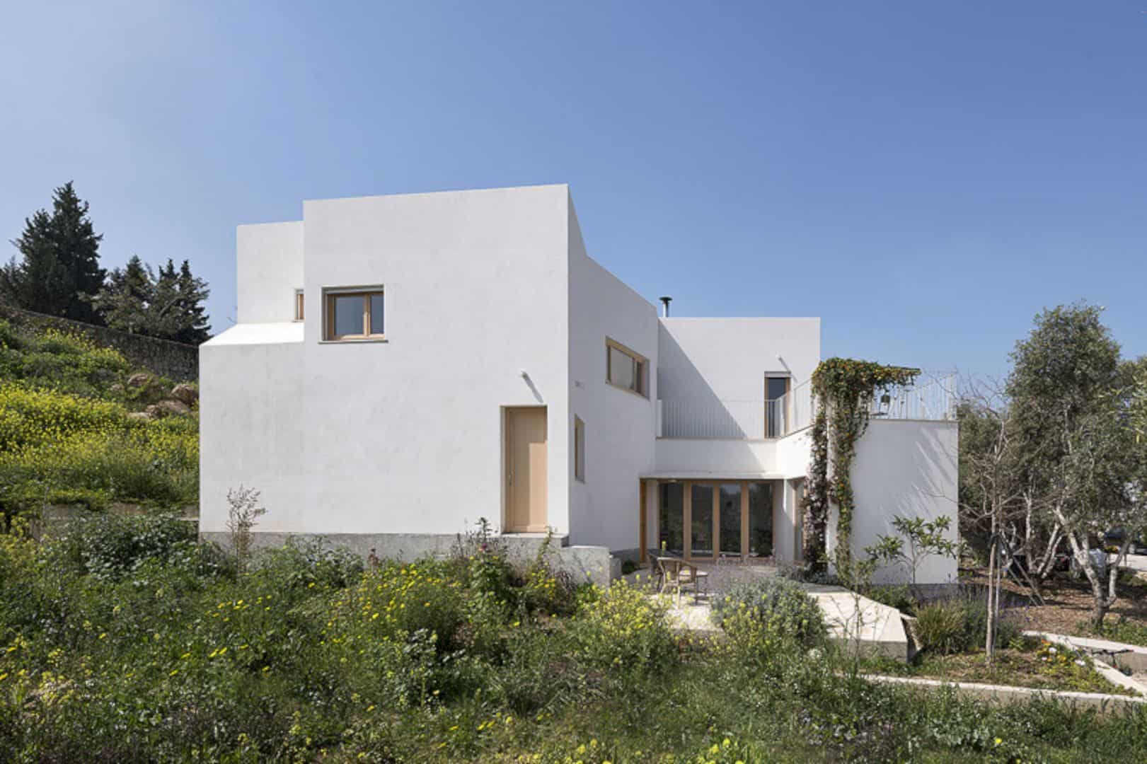 Neve Shalom House 25