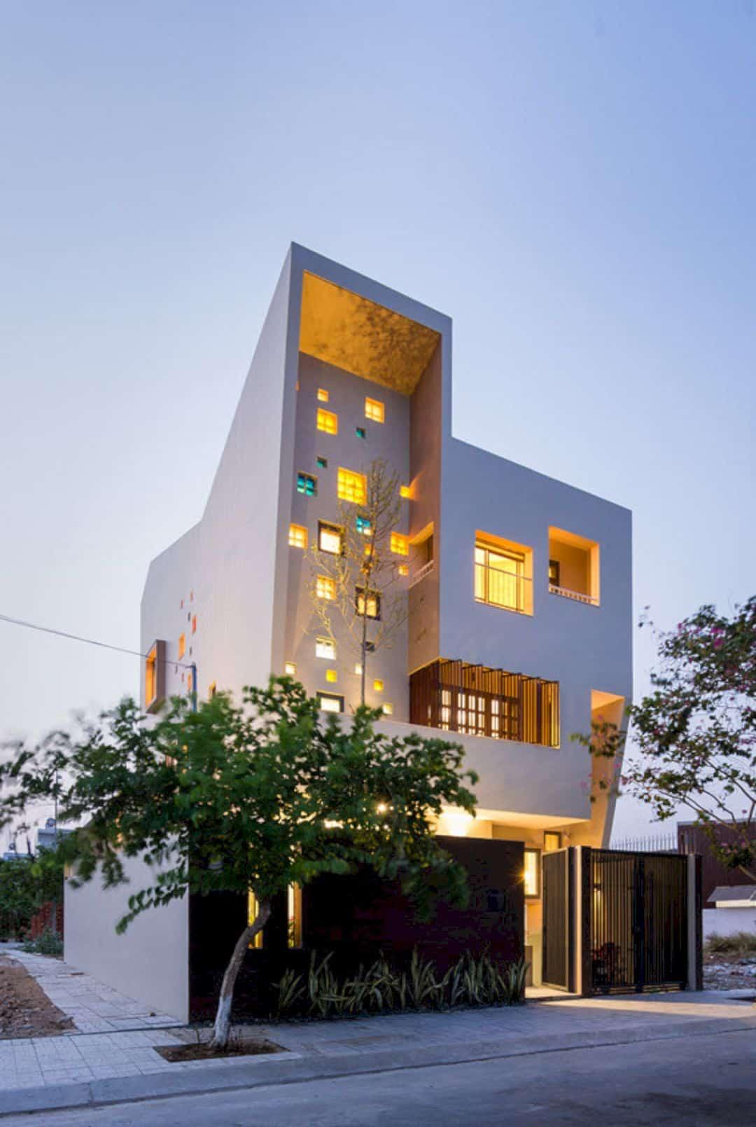 2H House 8