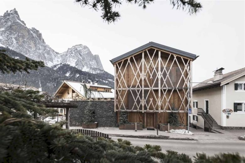 Messner House 10