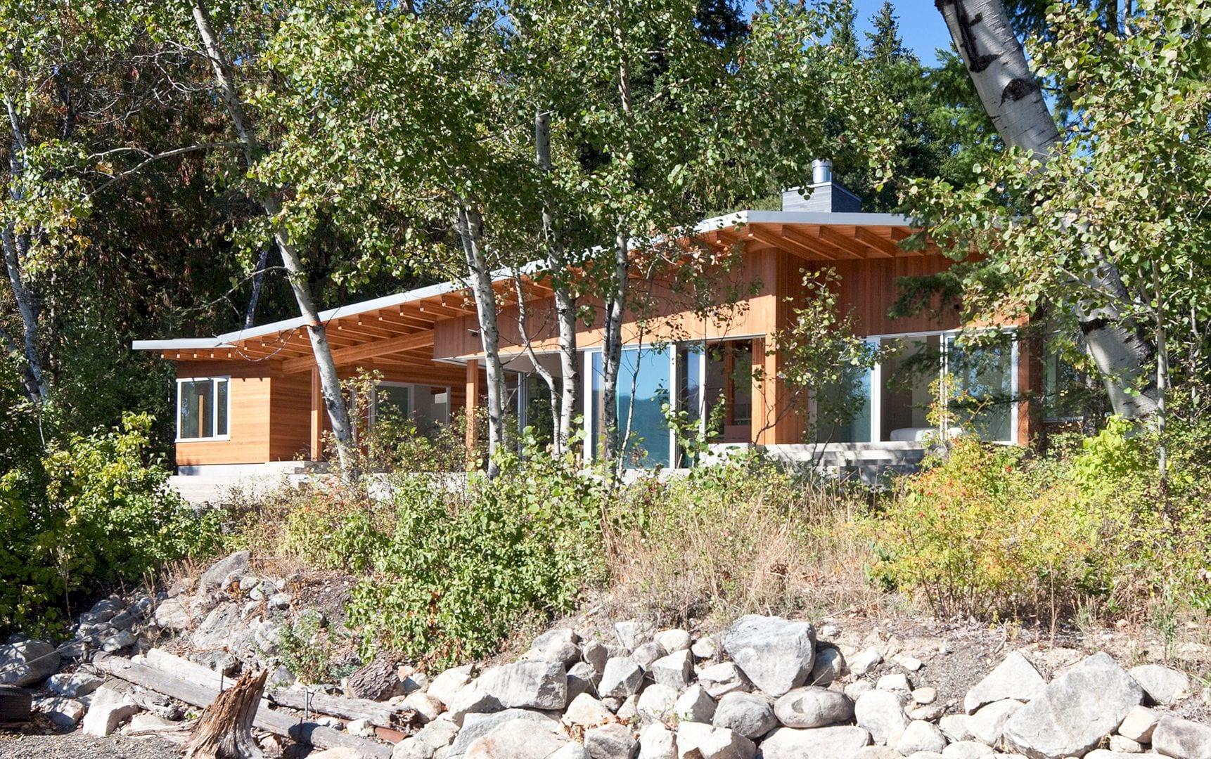 Shuswap Cabin 14