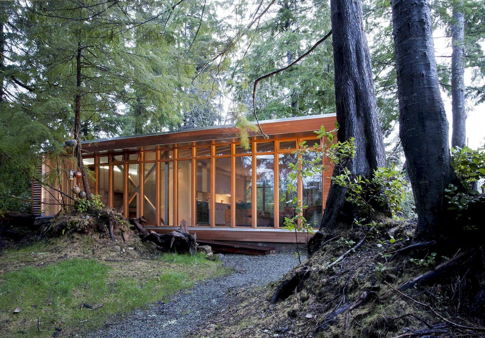 Bamfield Cabin 1