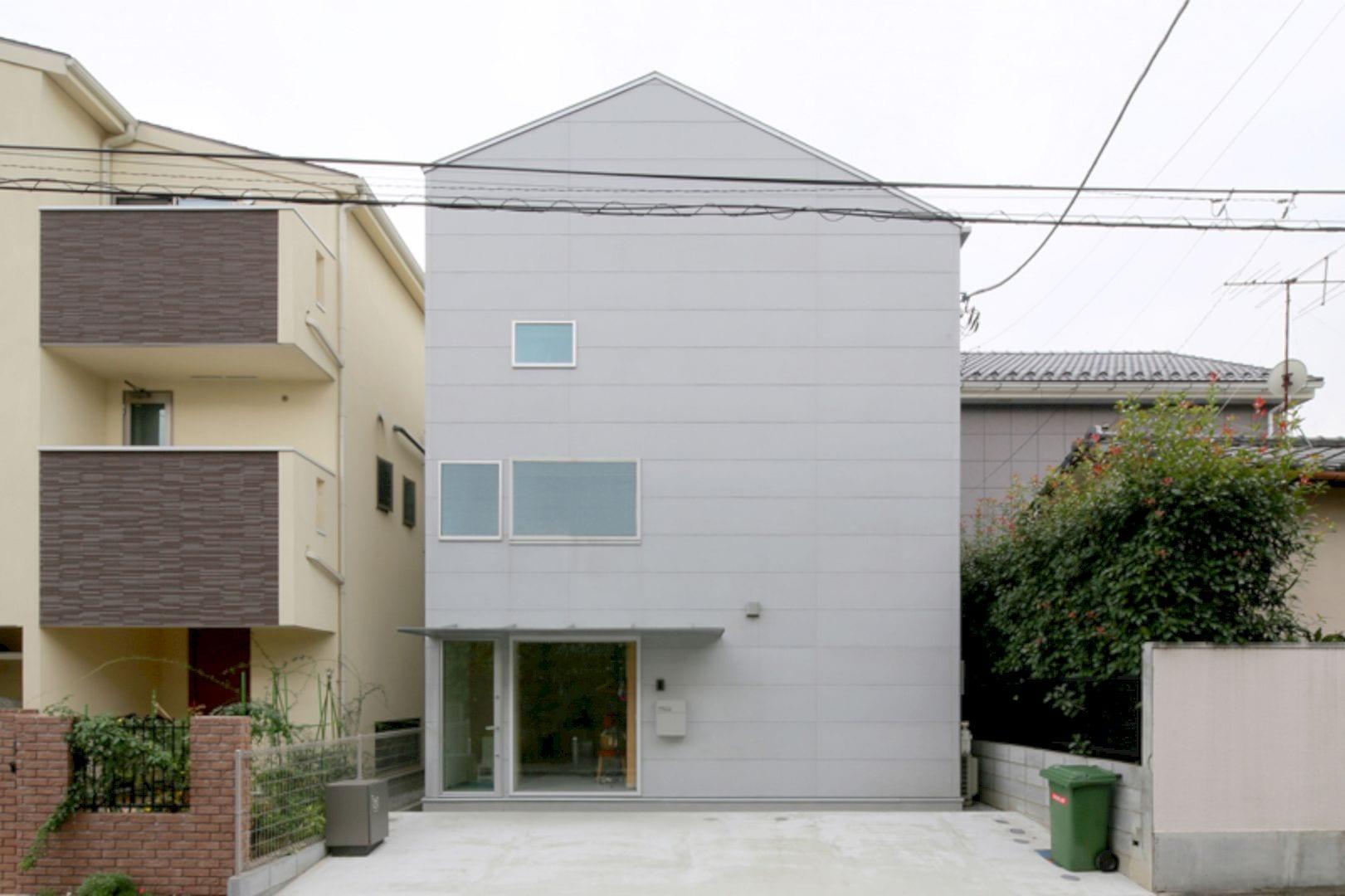 House D 1