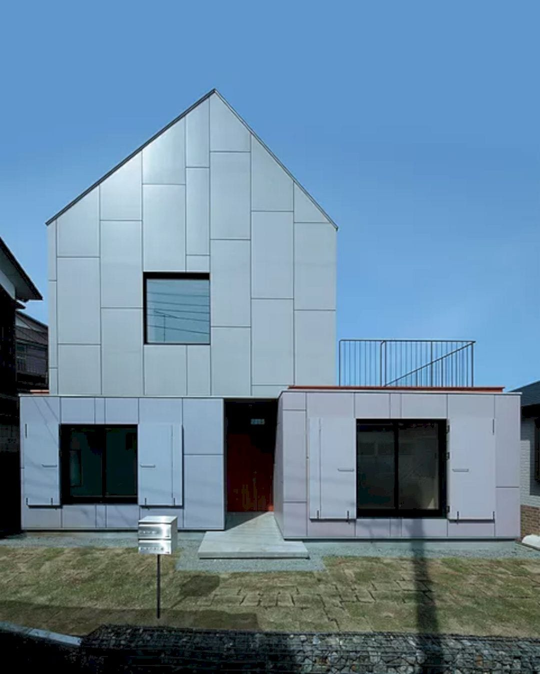 YKH House 4