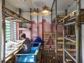 10 Square Meters Narrow Atelier 20