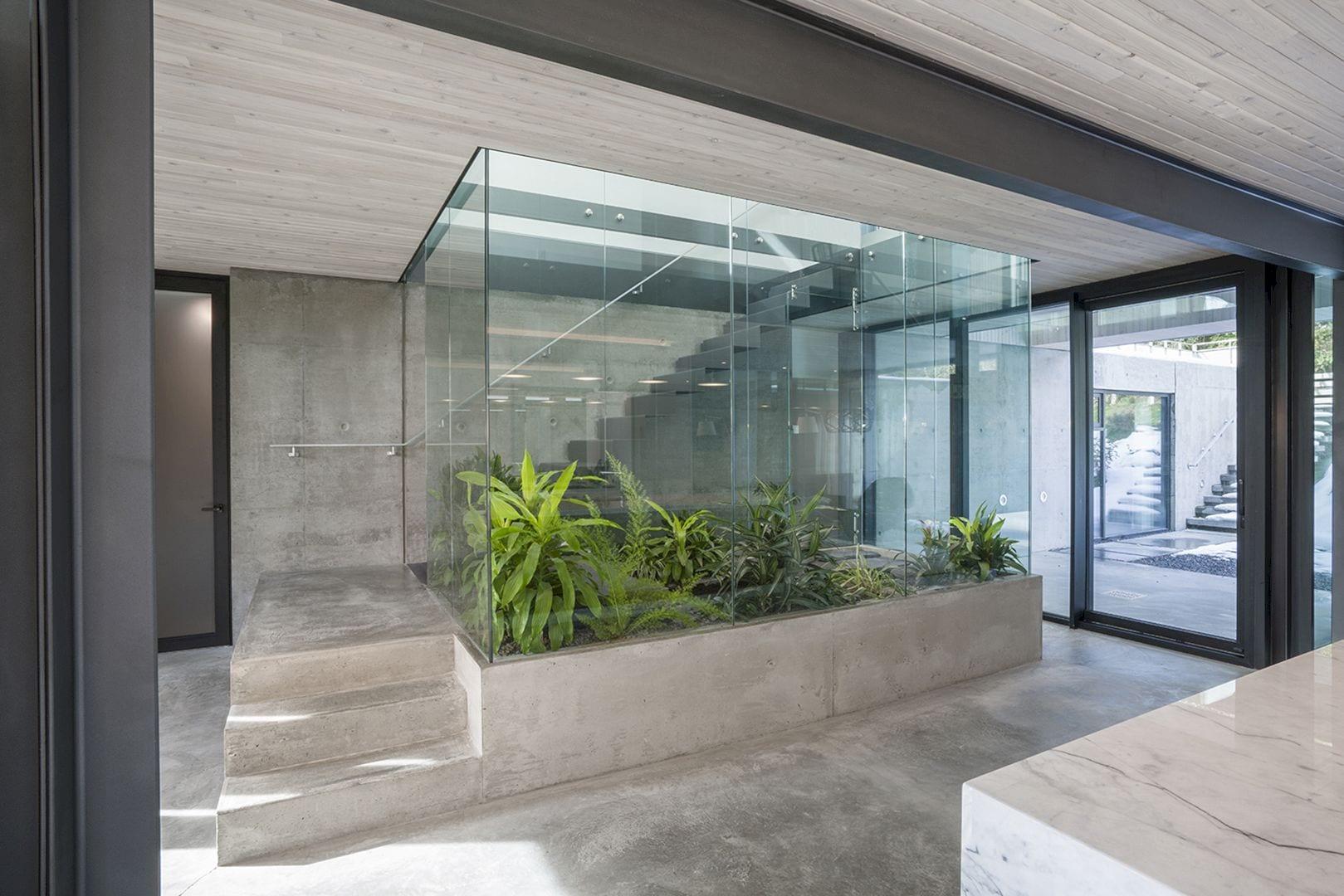 Courtyard House 7