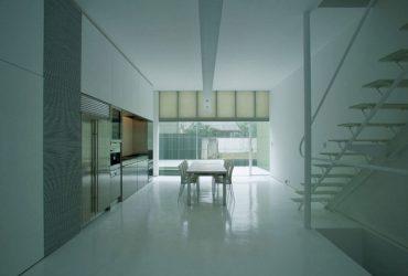 Plastic House 2