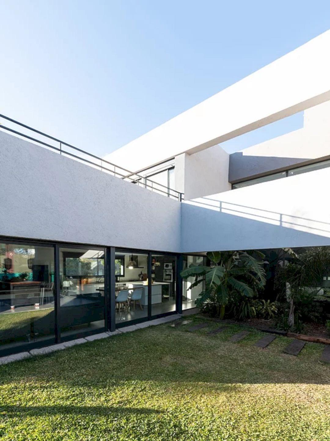 LVF House 19