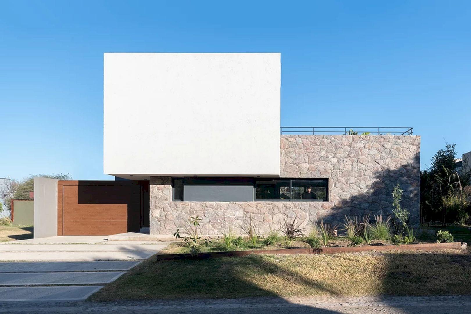 LVF House 23