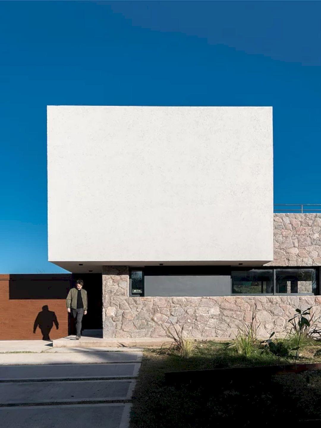 LVF House 3