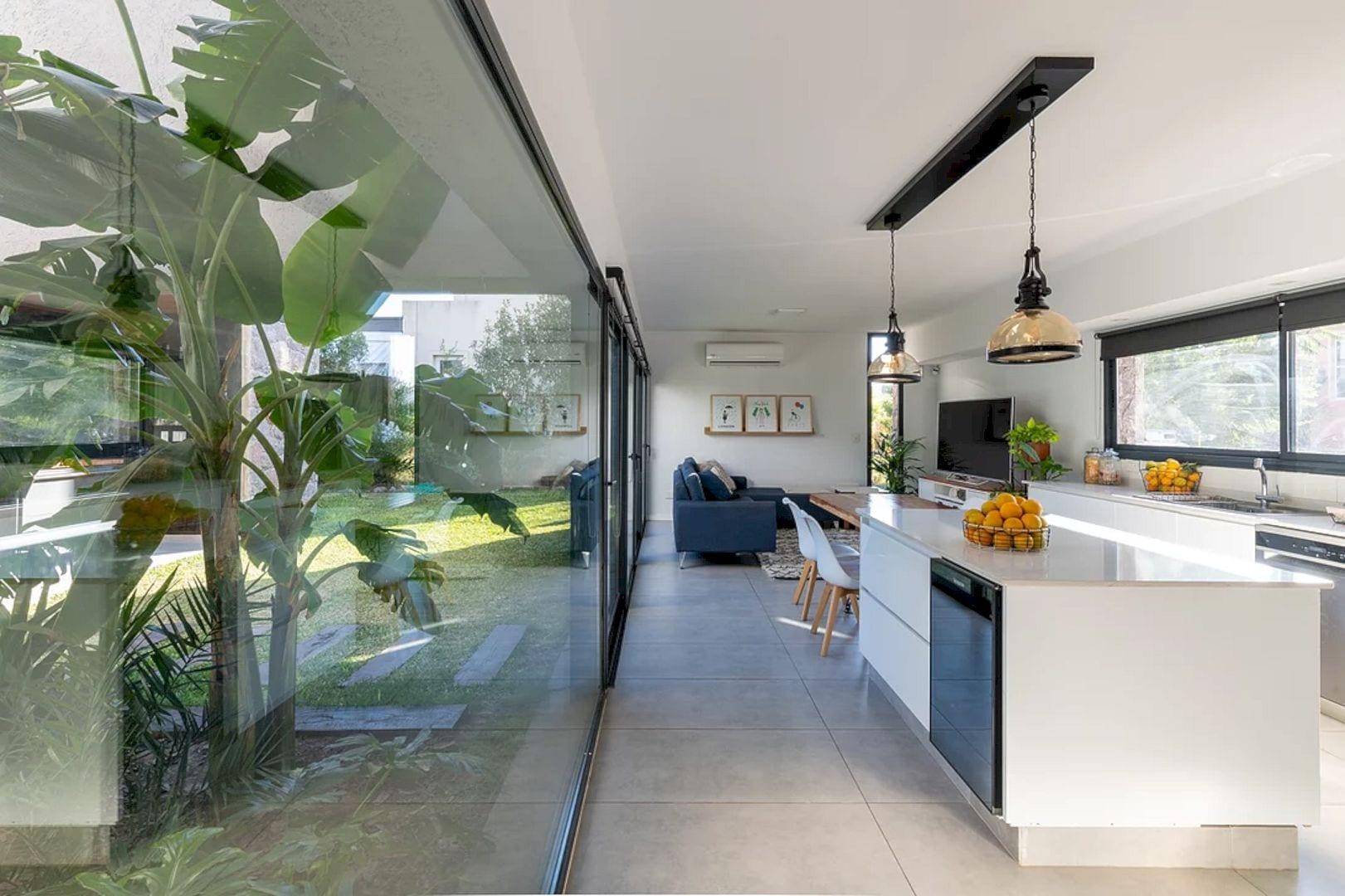 LVF House 4